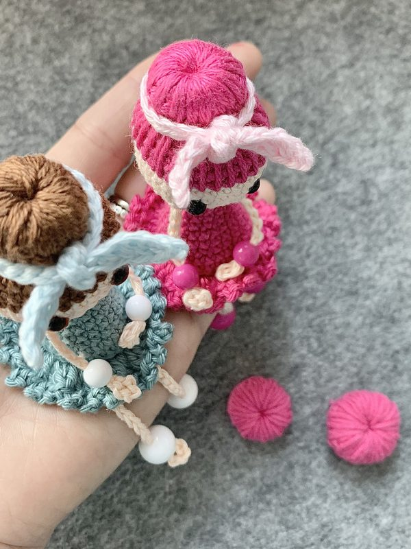 How to crochet the bun – infinity single crochet